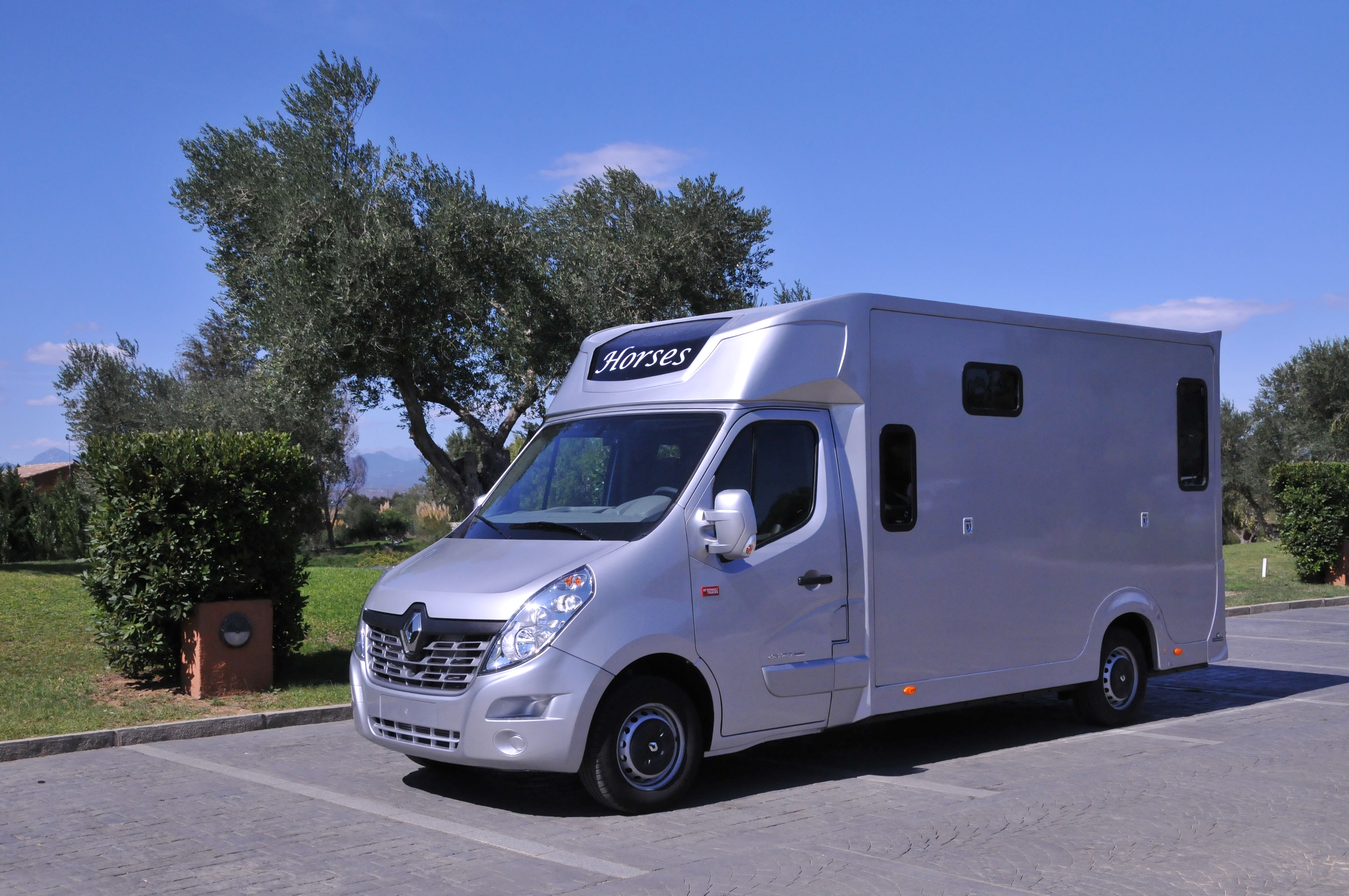camion chevaux haras stalle