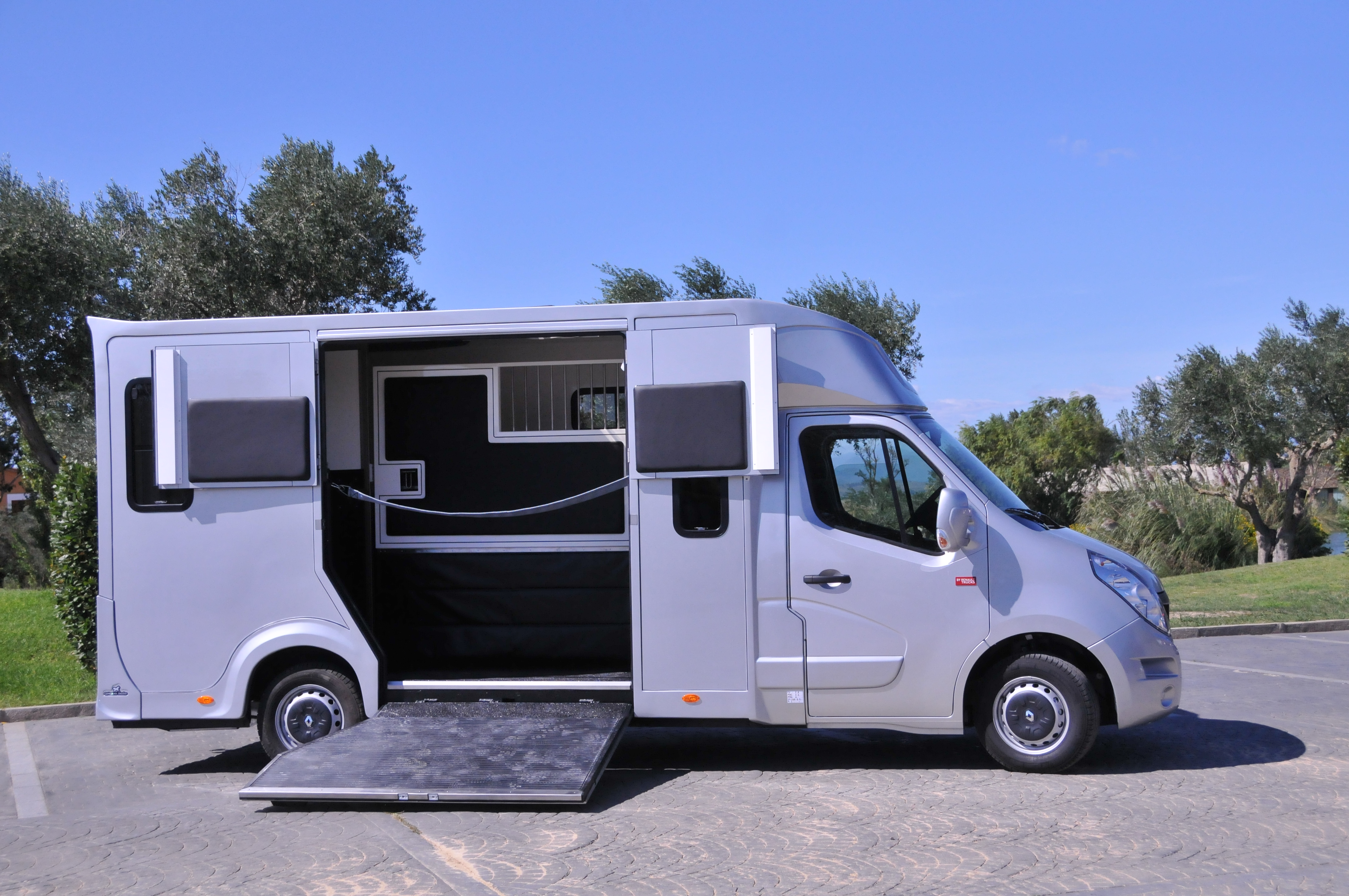 camion chevaux haras